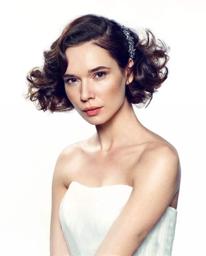 retro bridal hairstyle