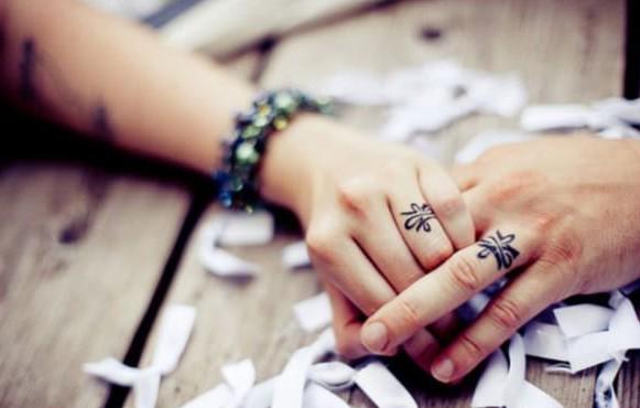 tatuajes pequeños para parejas