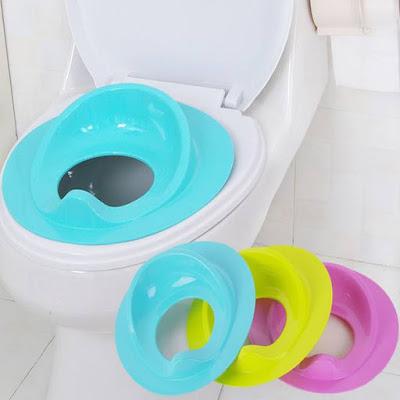 cách sử dụng bệ ngồi toilet cho bé