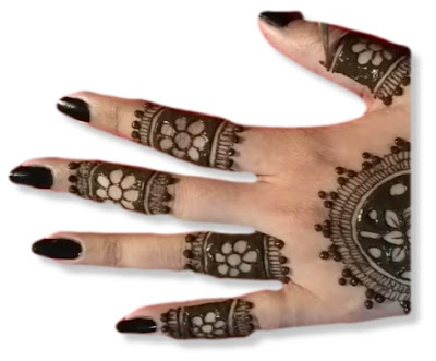 Ring Mehndi design