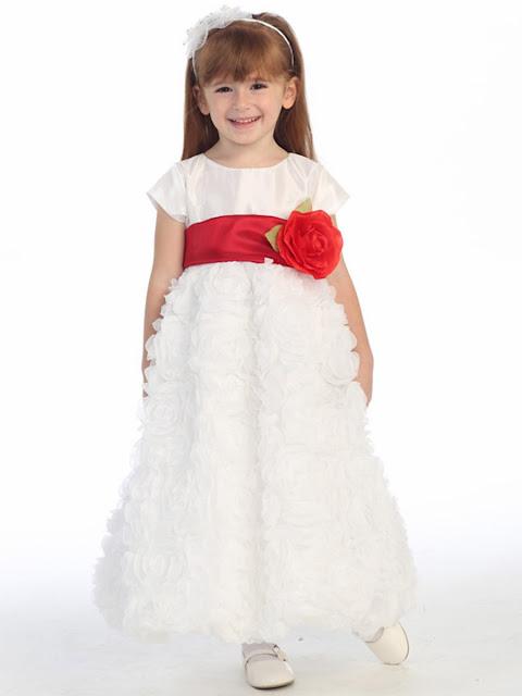 lo ultimo en vestidos de primera comunion