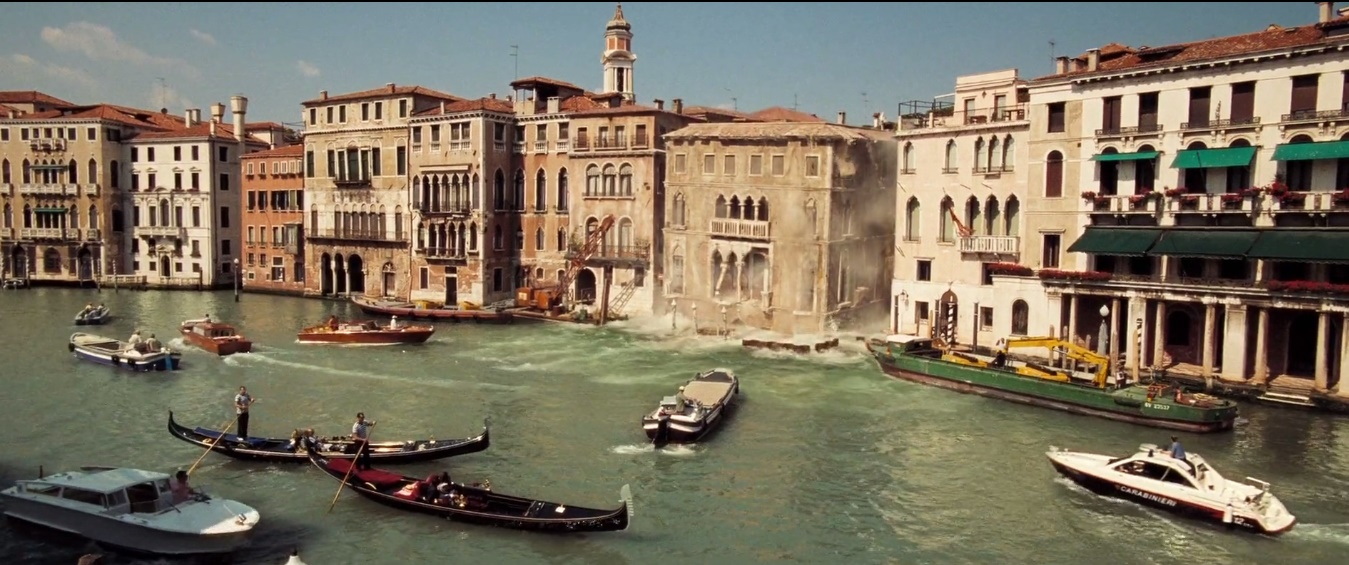 James Bond House james bond locations: fall of a house in venice - casino royale