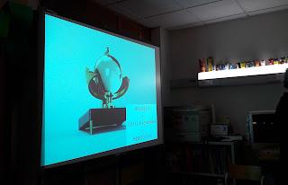 O quadro interativo apresenta um heliógrafo