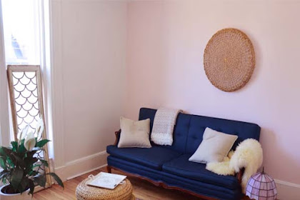 Living Room Minimalist Guide Book – Decorating a Pink Living Room