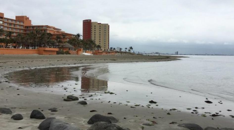 Perchè il mare si ritira per oltre 20 metri sulle coste del Messico? La spiegazione.