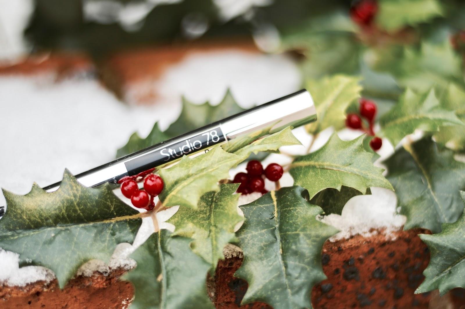 Biotyfull box, box beauté bio, cosmetique bio, edition décembre La Merveilleuse de Noël