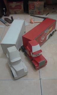Miniatur truck