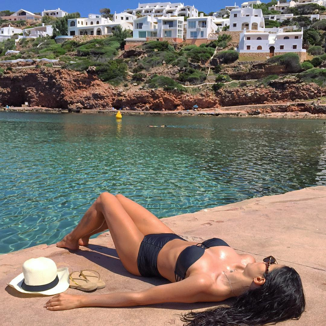 Catarina Gouveia in Bikini