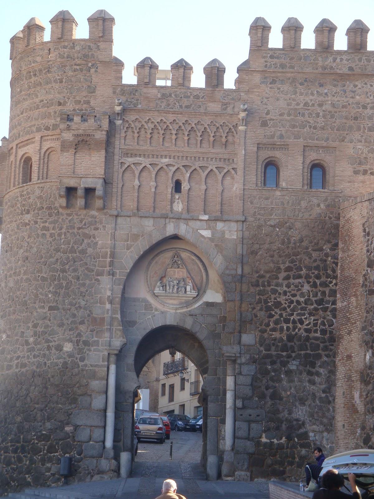 Iter tempus toledo puertas y murallas for Puerta 6 del autodromo
