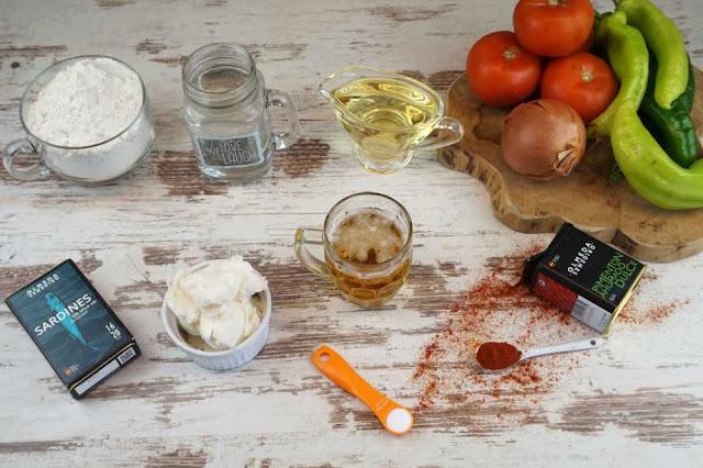 ingredientes coca de verduras con masa lista en 5 minutos