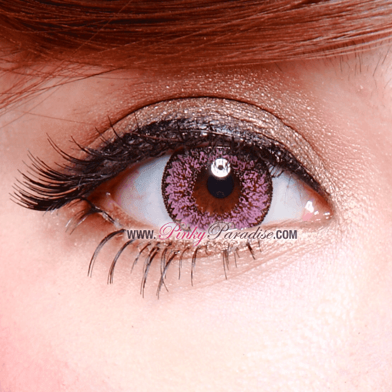Geo Nudy Pink Circle Lenses (Colored Contacts) Closeup