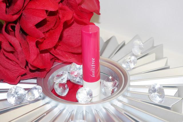 Innisfree Glow Tint Lip Balm Camelia 2