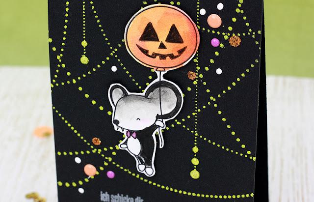 http://danipeuss.blogspot.com/2016/10/graf-und-frankensteiners-zu-besuch-halloweenkarten-klartextstempel.html