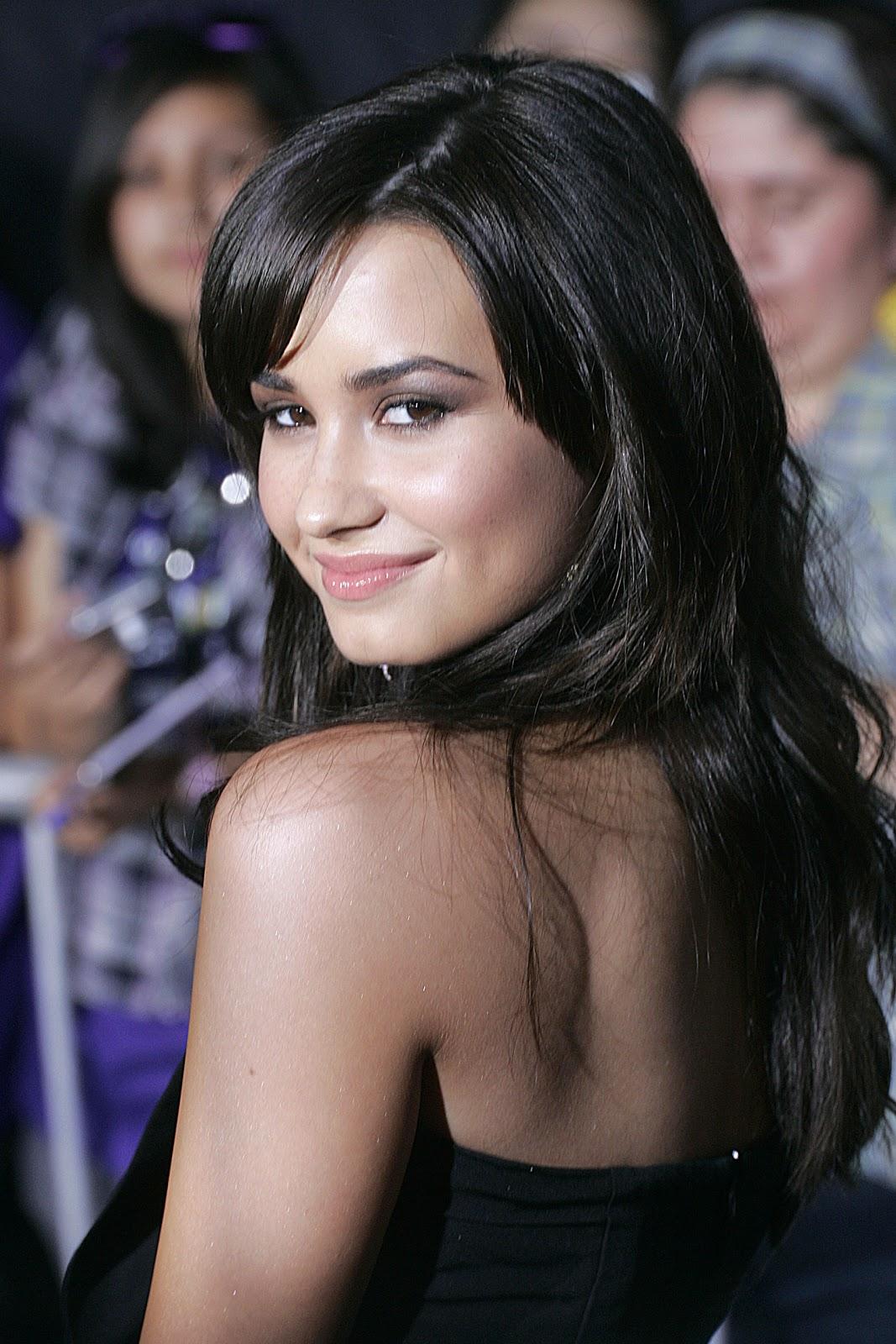 Erotica Demetria Lovato  naked (85 images), Snapchat, bra