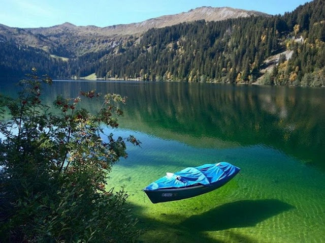 Arnensee Lake, Switzerland