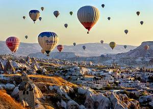 Terbang Tinggi Di Cappadocia, Turki