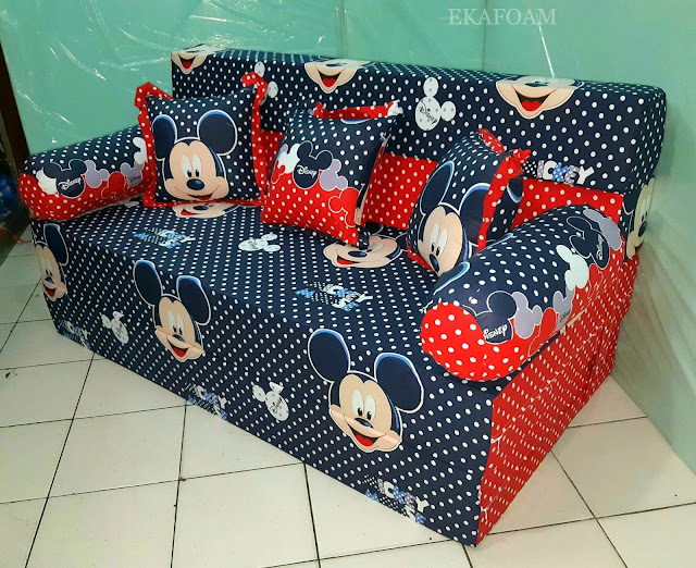 Sofa bed inoac motif mickey mouse Navy