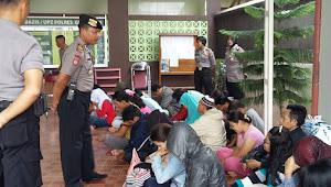 Siswi SMK YATPI Godong Terjaring Razia Saat Tengah Mesum Di Hotel WIKAN Purwodadi