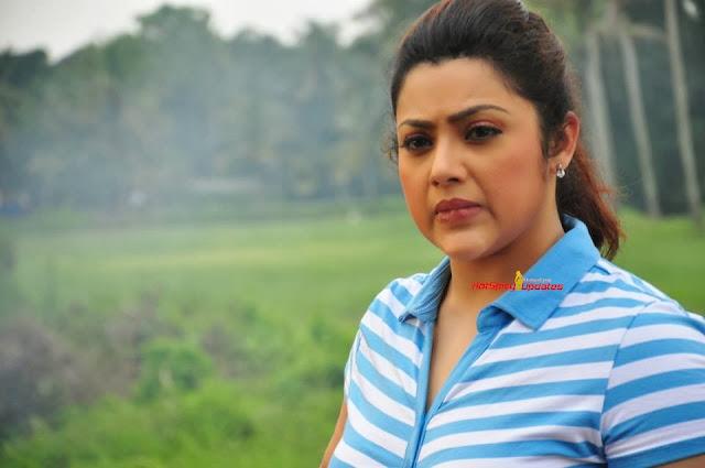 Meena Latest Cute Behind Scene Stills From Bizh Wash Ad