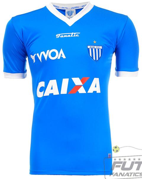 O terceiro uniforme é uma homenagem a Ressacada que completa 30 anos. A  camisa tem o predomínio da cor azul e detalhes em branco nas mangas e na  gola. e51e6da46bd7c