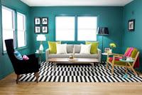Ruang Tamu dengan Warna Biru