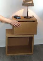 Stage loisir créatif, cours de création d'objets déco et meubles en cartons à l'atelier Cartons Dudulle