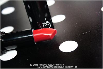 rossetto Lipstick red  sweet temptation collection, polish, lipstick, rossetti , smalti unghie by tns cosmetics