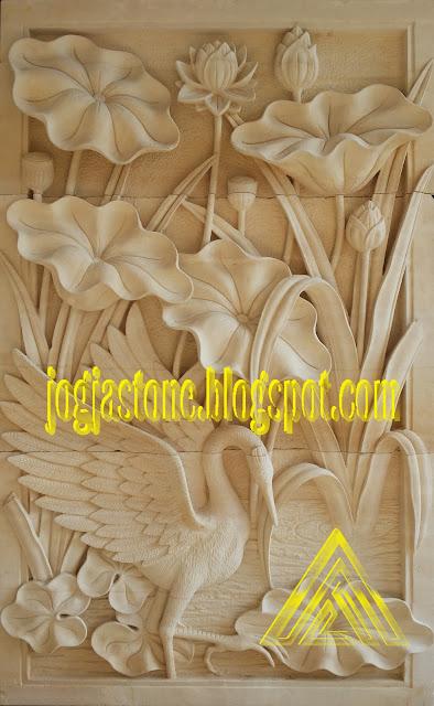 relief lotus dan bangau