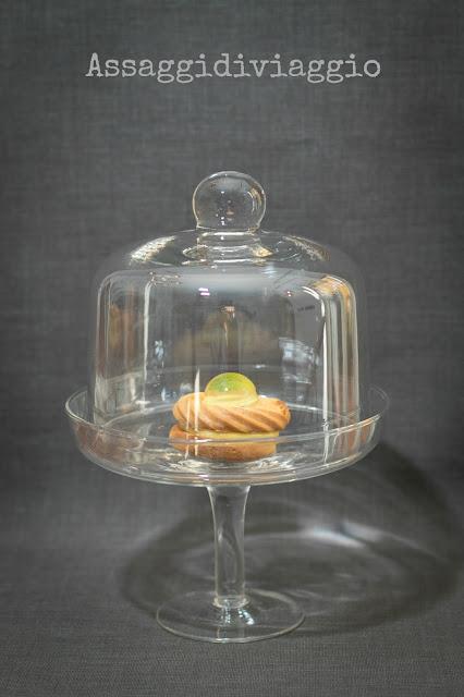 """Biscotti """"Acqua e Menta"""" con frolla montata all'olio, lemon curd e raindrop alla menta"""