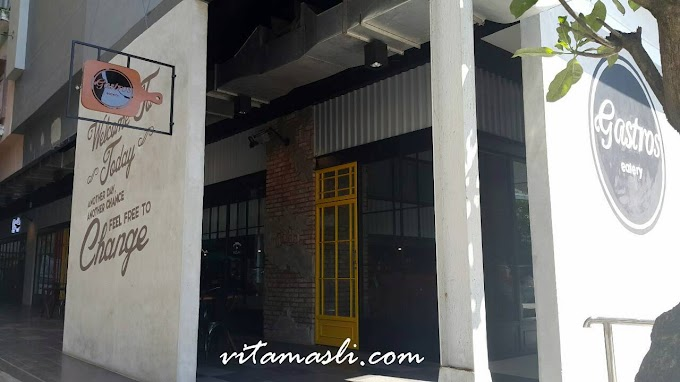 Makan Siang di Gastros Coffee and Eatery Makassar