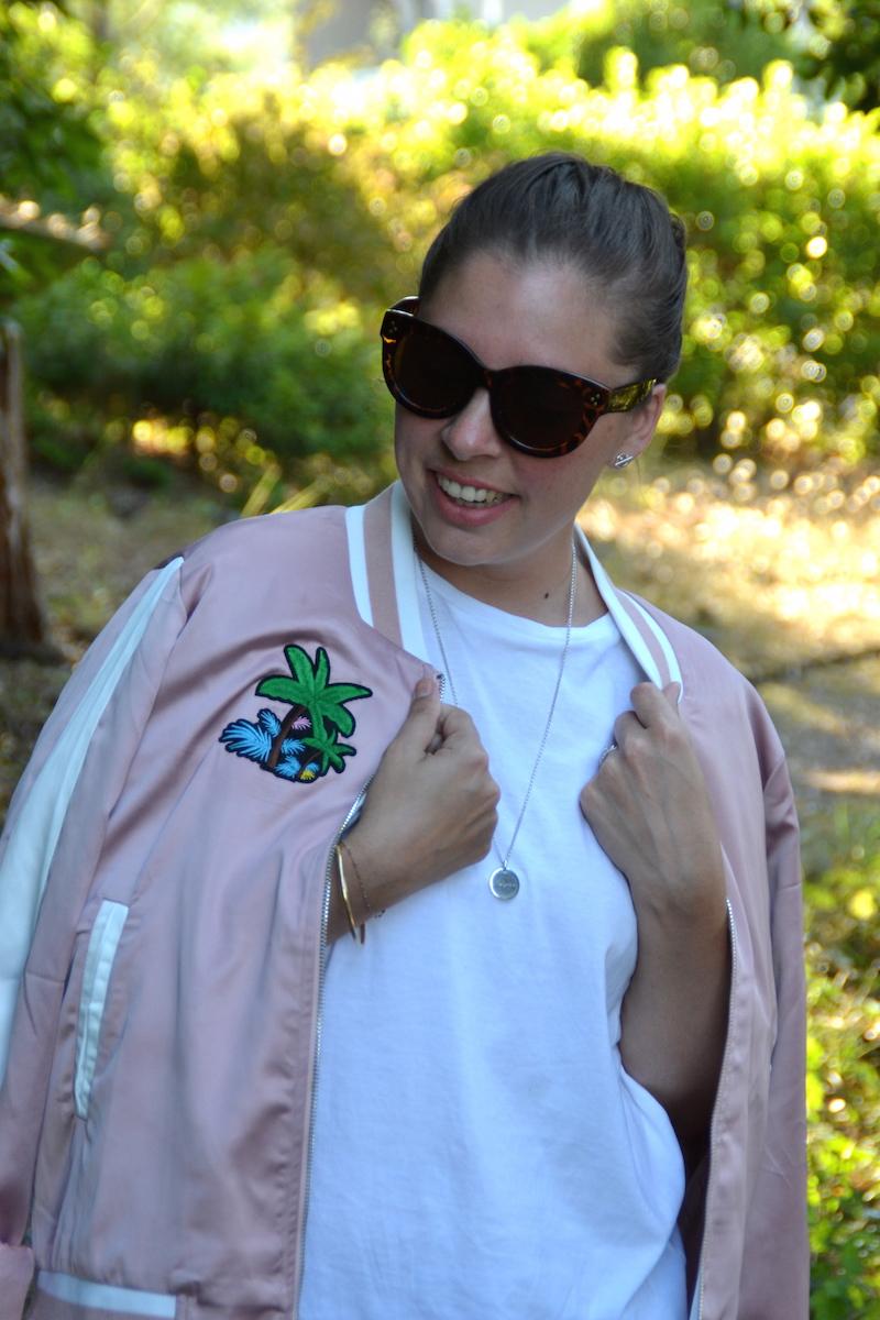 bomber rose Palmier like Maje, t-shirt stradivarius