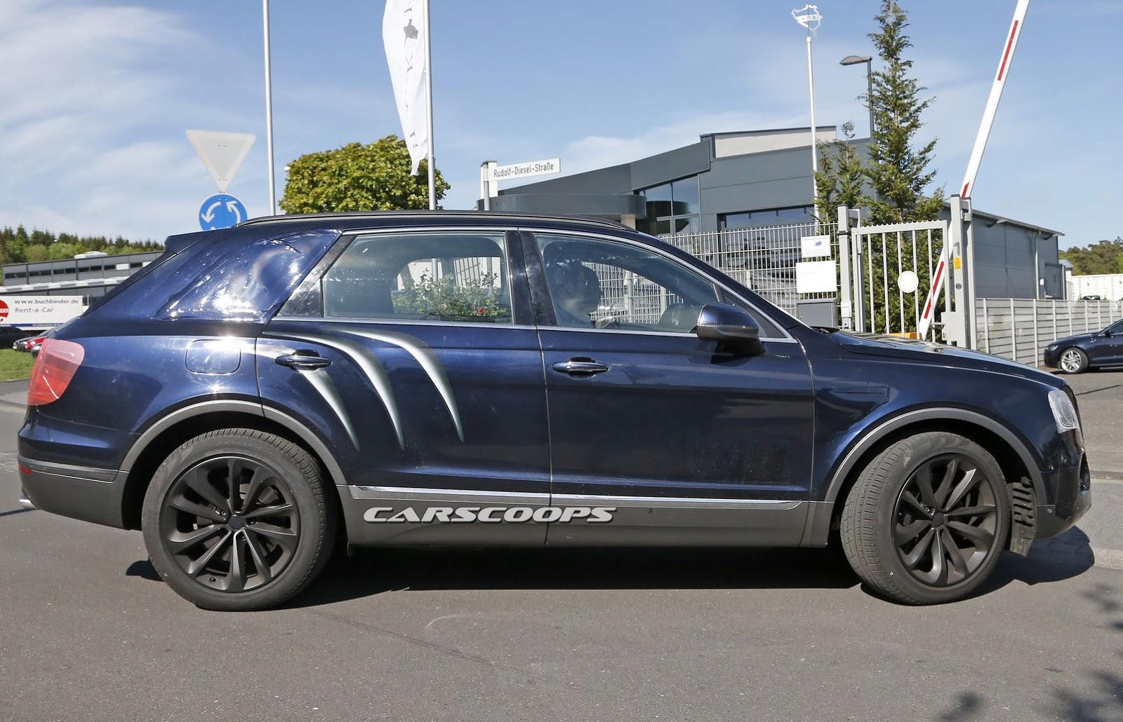 2016 Bentley Bentayga (SUV) 27