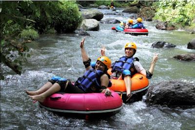 wisata, dalam negeri, indonesia, liburan, pulau bali, aktifitas ekstrim, paragliding, flyboarding,