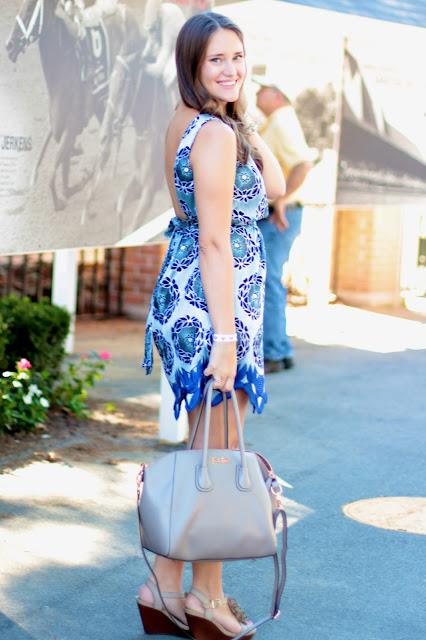 what to wear to a horse race, what to wear to the saratoga horse races