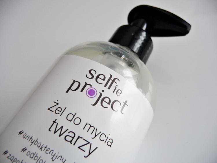 żel do mycia twarzy selfie project