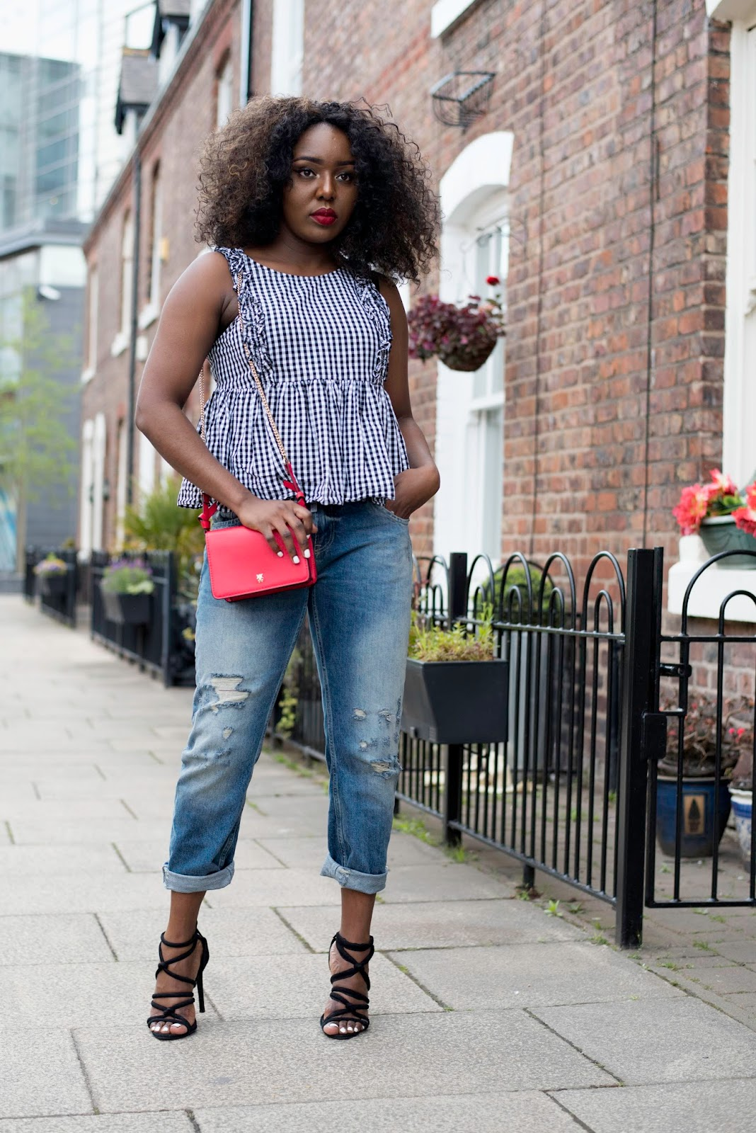 Stephylately is styling a Zara gingham Top