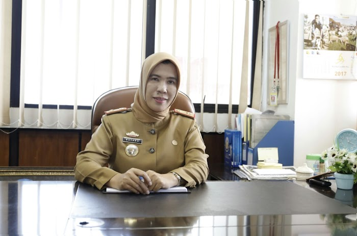 Pemprov Lampung Sampaikan Surat Edaran Setiap 2 Oktober Menggunakan Pakaian Dinas Batik