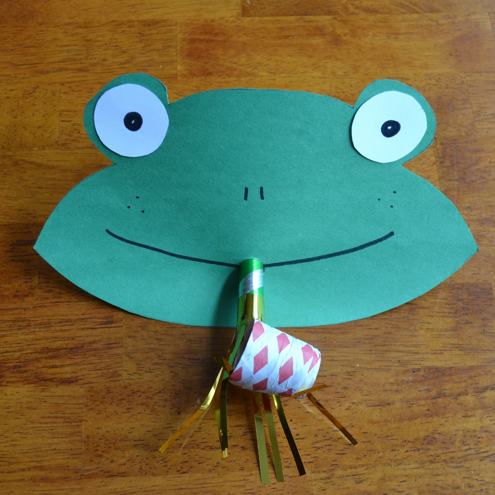 East Coast Mommy Funny Frog Face Preschool Craft