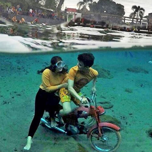 Tinuku Umbul Ponggok designed to be Bunaken van Klaten as fresh water snorkeling sites and selfie paradise