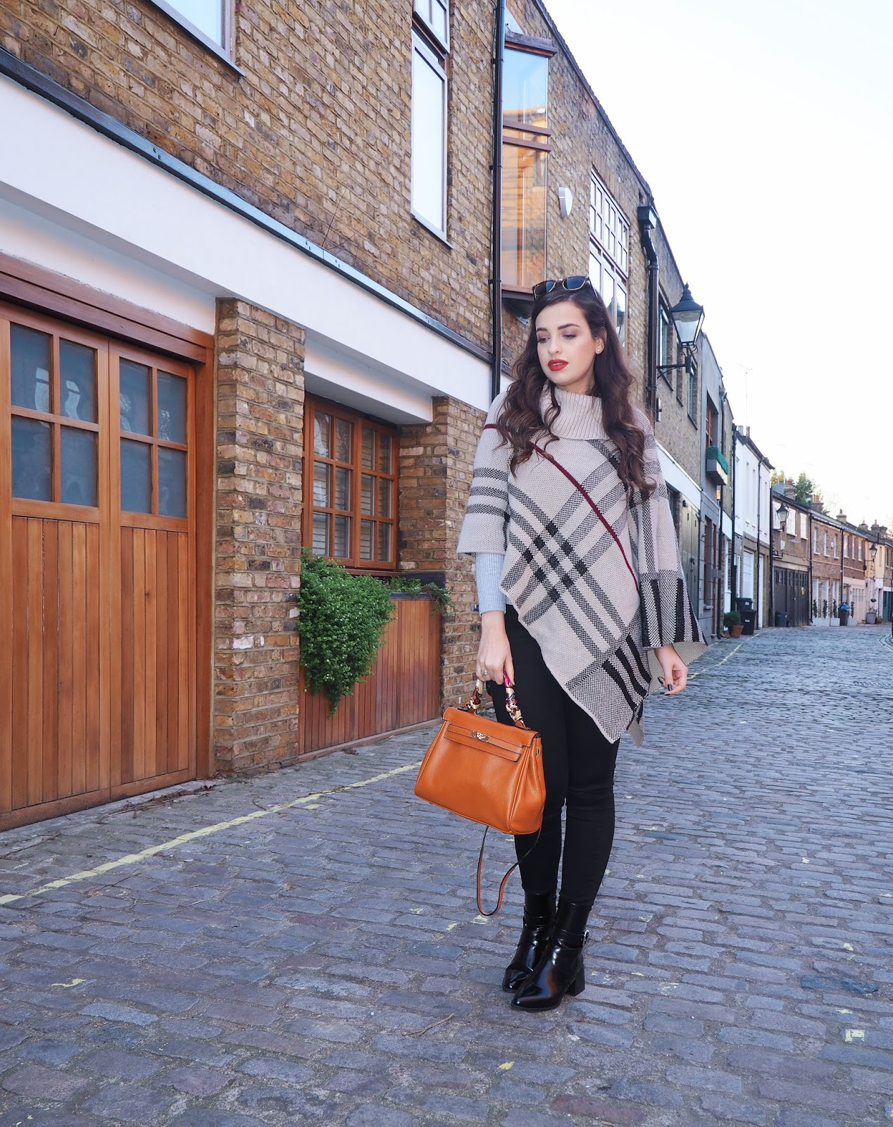 d1ba3f01973 Wrapping Up Warm With A Poncho & Must Have Ankle Boots | Pam Scalfi♥