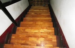 Lantai Kayu Bukittinggi
