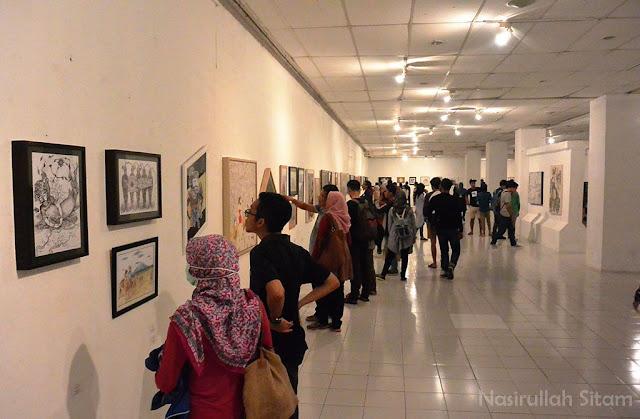 Lukisan seniman selama agenda Pasar Kangen Jogja berlangsung