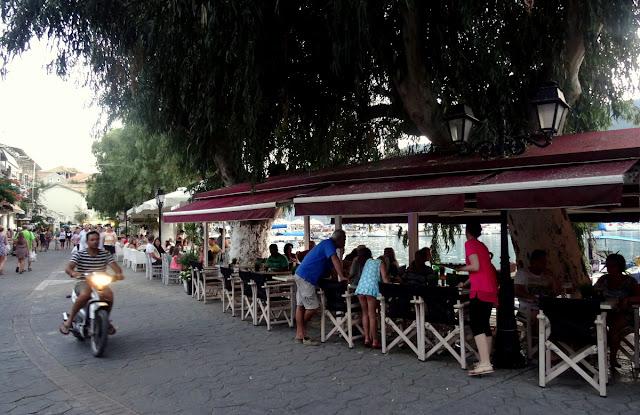 Outdoor restaurants Vasiliki Harbour