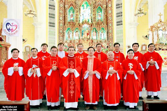 Kiên Lao – Lớp các Cha Vinh sơn Liêm mừng Bổn mạng