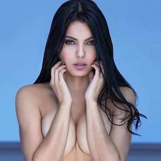 Isabela Amado al desnudo.