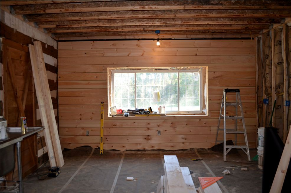 Favorite Cabin Fervor: Wood plank wall UJ95