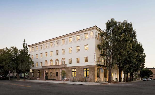 02-28th-Street-Apartments-by-Koning-Eizenberg