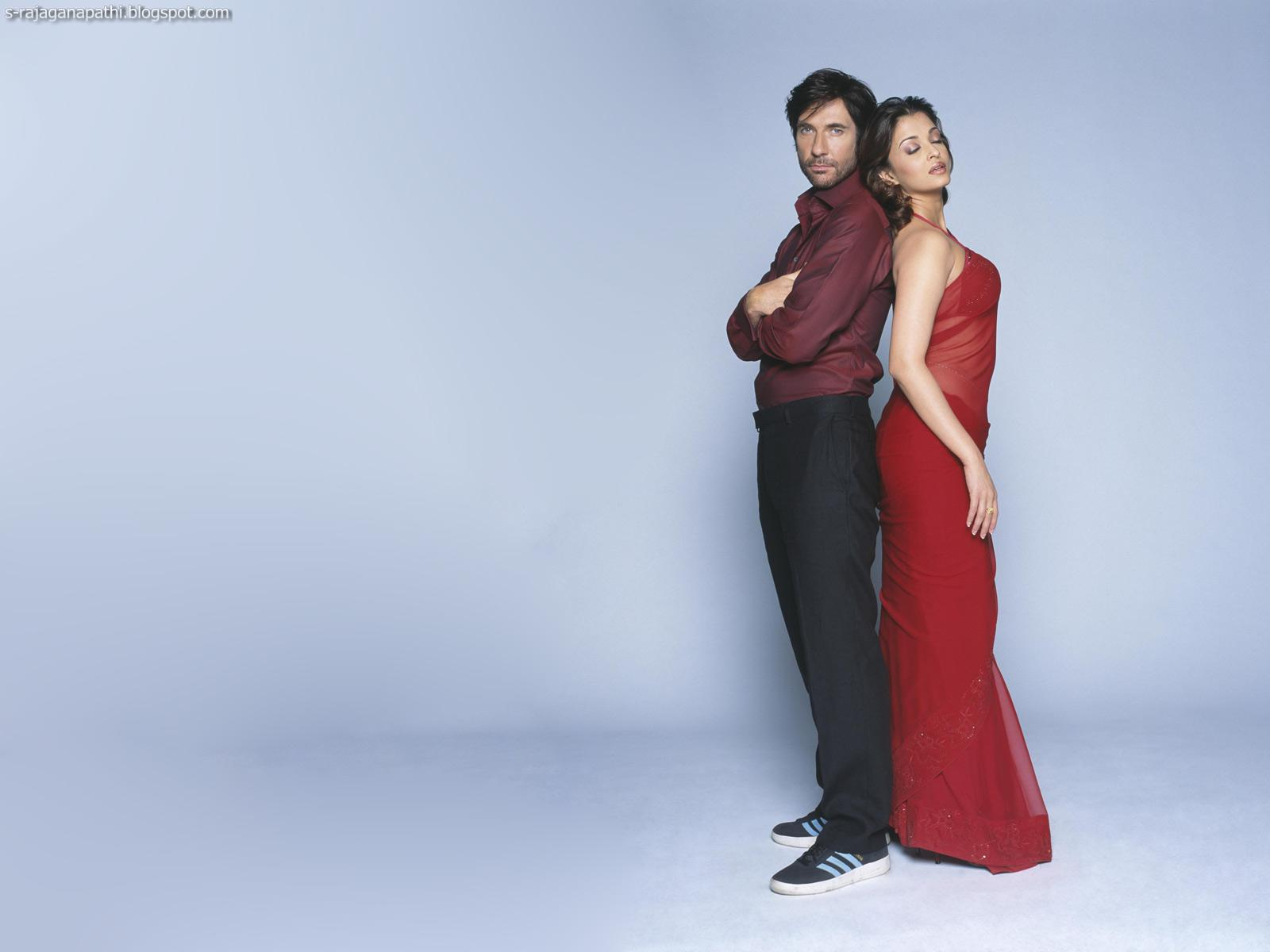 Aishwarya Rai In Red Saree New Hot Wallpapers  Gateway To -7122
