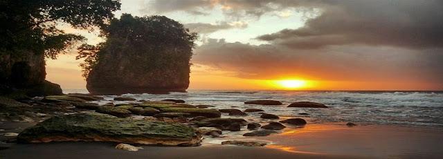 Rental ELF Ke Pantai Batu Karas Dari Jakarta