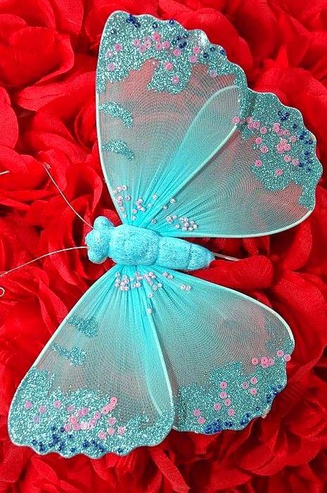 haftowany motyl